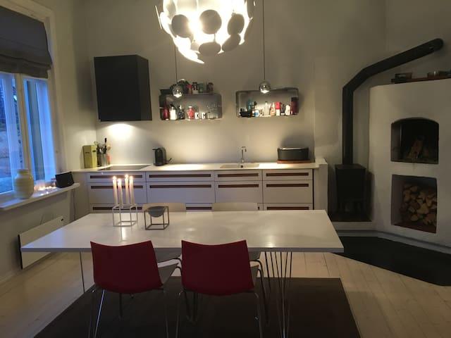 Sjarmerende leilighet sentralt i Frstad, 200 m2