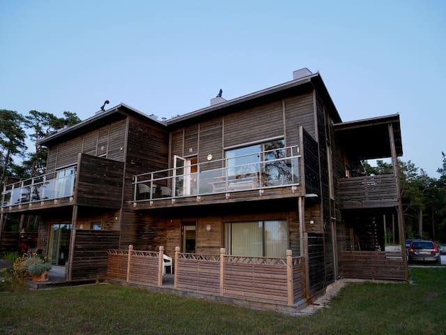 Lägenhet i naturskönt område på norra Gotland.