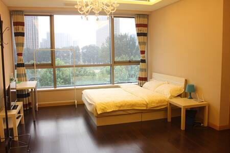 正规干净舒适三人间庭旅居住游度假首选 - Pequim
