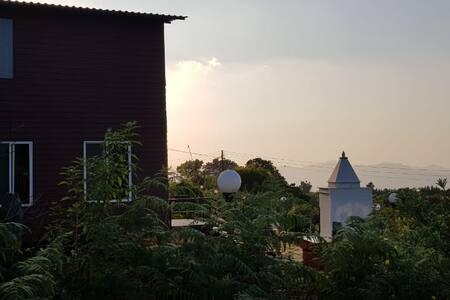 2BHK Villa - Projector Screen - Mahabaleshwar