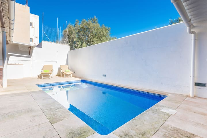 SESTANYOLET - Villa with private pool in S'Estanyol (Llucmajor).
