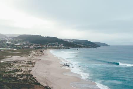 Apartamento a pie de playa/ surfcamp - Arteixo