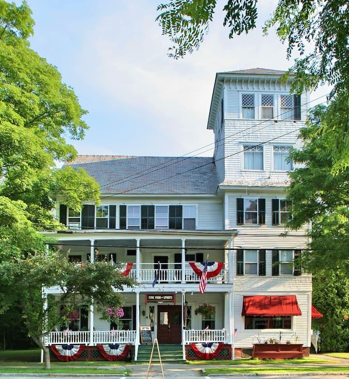 The Saxtons River Inn