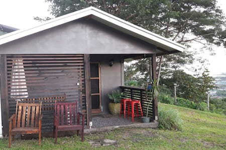 Cozy studio with an amazing view of Apia harbour!!
