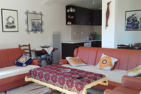 One-bedroom Apartment above Budva