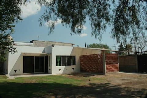 La casa de Teotihuacán y Globopuerto