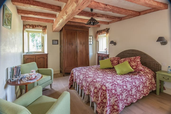 Double room-Standard-Ensuite with Bath-Countryside view-accueil vélo