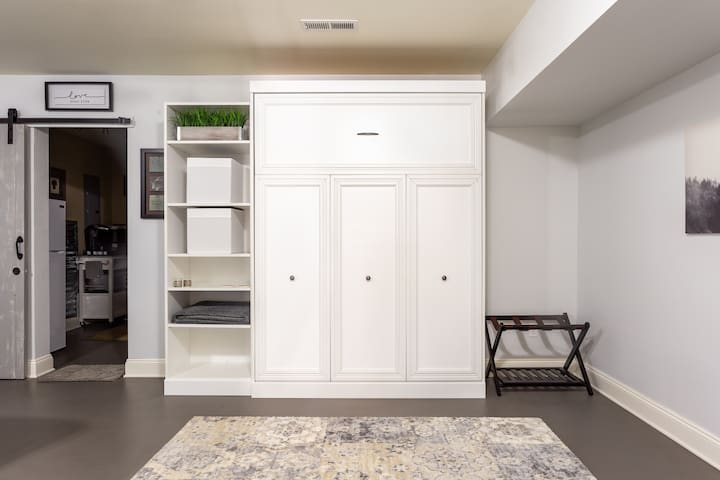Want more space, during the day? Simply close up the Murphy Bed. Luggage rack with storage for your convenience.