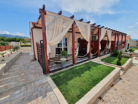 Stylish apartment for two-Amareta