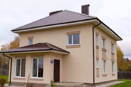 Новые апартаменты для горнолыжников - Радуга Снт (яхрома) - Haus