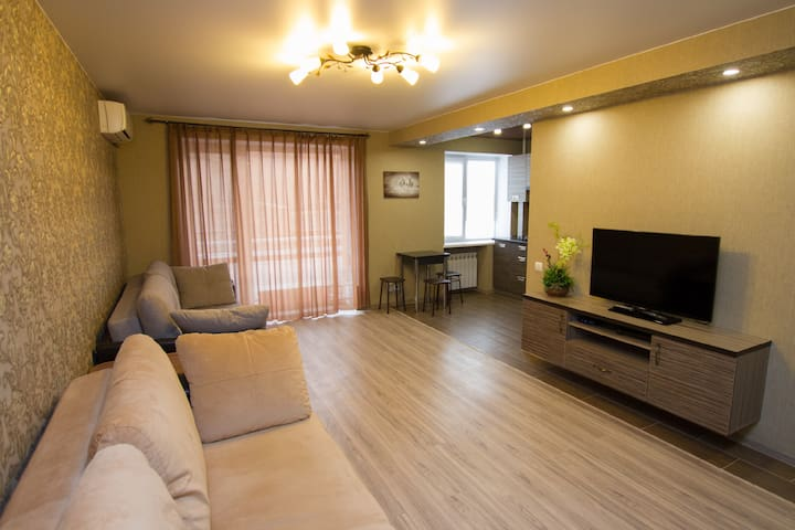Saratov Lights Apartments на Вольской