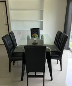 Comfortable House for Family of 6-8 persons