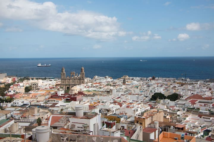 Beautiful Single Room in Las Palmas, stunnig view!
