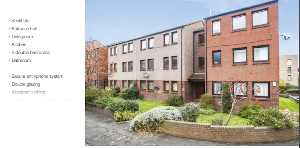 Upgraded 2Bed Flat in quiet area with free parking