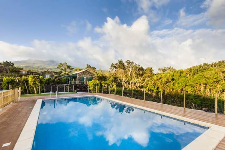 Beautiful property with pool access