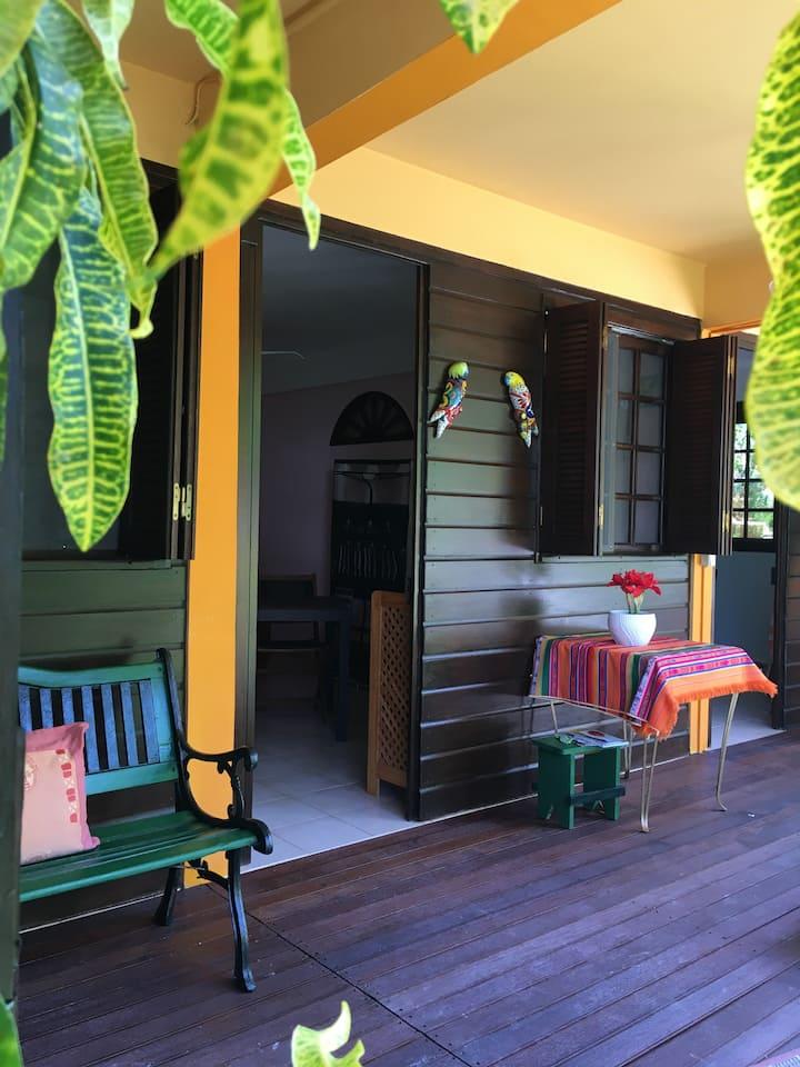 meublés de tourisme ( bas de villa) à 2 min plage
