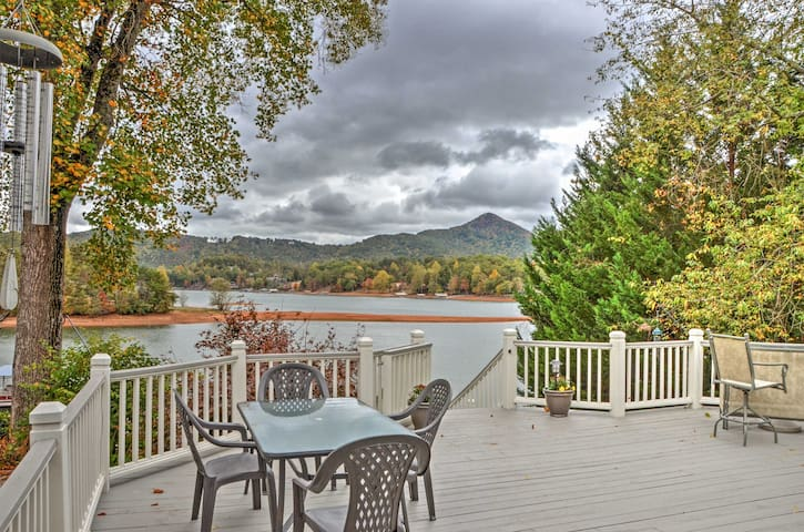 Waterfront 2BR Hiawassee Home w/ Hot Tub!