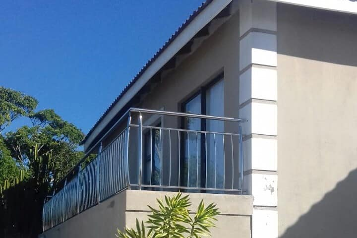 Lovely Guesthouse in the Heart of Beacon Bay