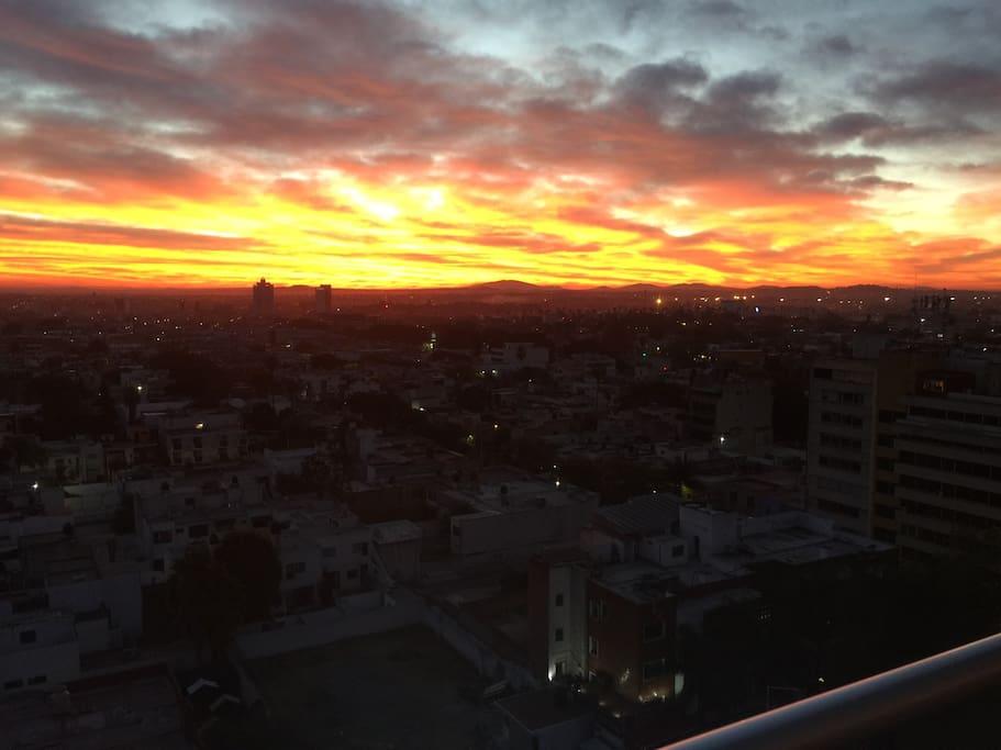 Amanecer desde el balcón / sunrise from the balcony