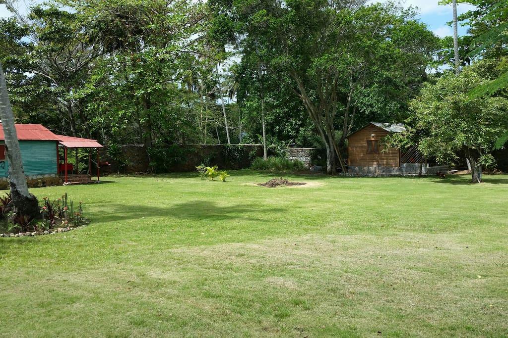 2 bungalow dans un grand jardin de 1700 m2s