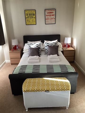 Double room with private bathroom! - Giltbrook - Hus