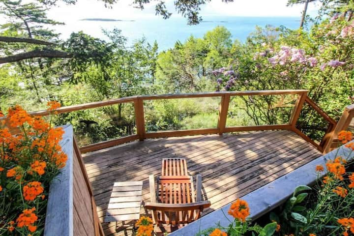 Spectacular Waterfront Privacy close to Moran Park
