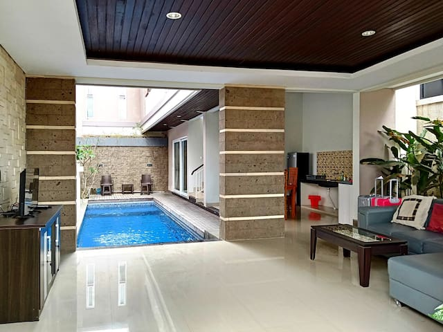 Chic 2 Bedroom Villa with Private Pool in Ungasan