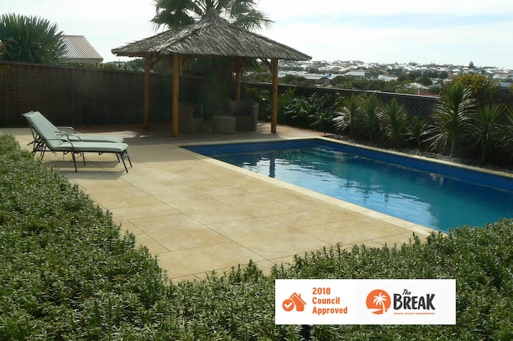 La Mer - Holiday home with a pool