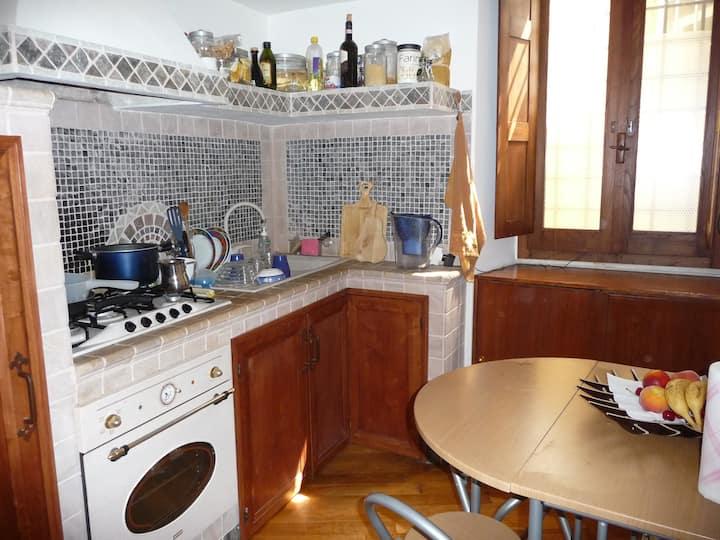 Studio flat by Stazione Trastevere