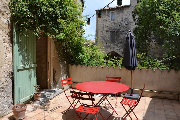 Charming house with terrace, Forcalquier, Provence - Forcalquier - Casa