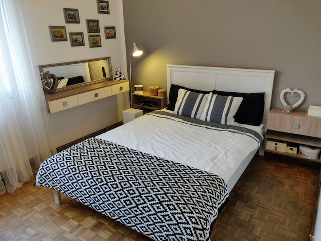 Cosy Home! Perfect for visiting Cluj