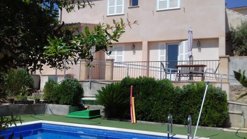 Casa Can sito des Morull para 3 personas. ETV 6775