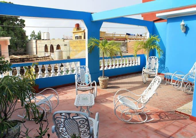 Casa los herederos con 1 hab con terrazas y Wi-Fi