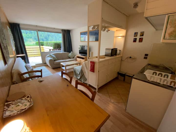 Petit appartement, T2, jardinette, Villard de Lans