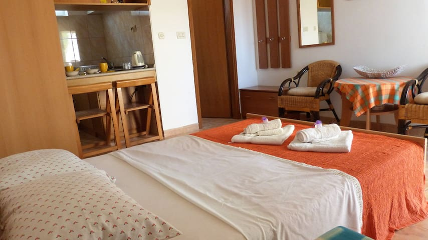 Apartment near beach - Croatia/ Pula (Apartment 5)