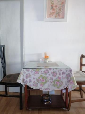 Bonita y sencilla habitación