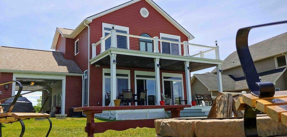 Lake Ontario Family Beach House Getaway