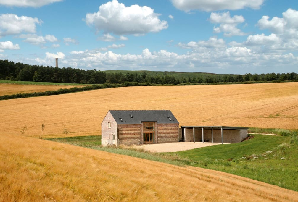 Blagdon Lower Barn is totally secluded and is accessed via a 400m long drive from the road