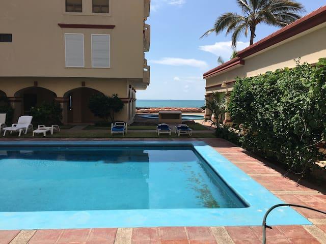 Bello departamento frente al mar - Mazatlán - Apartamento