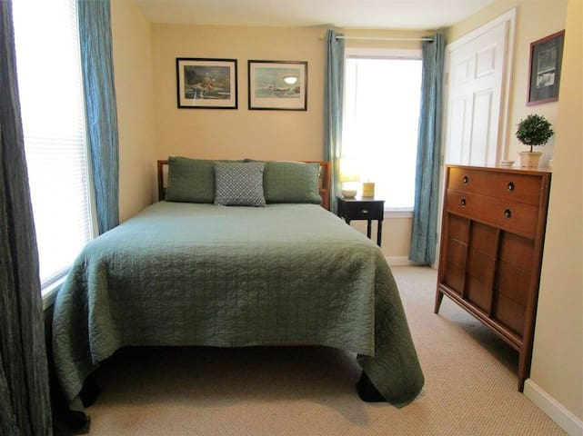 Guest Room in Bennington Village Home