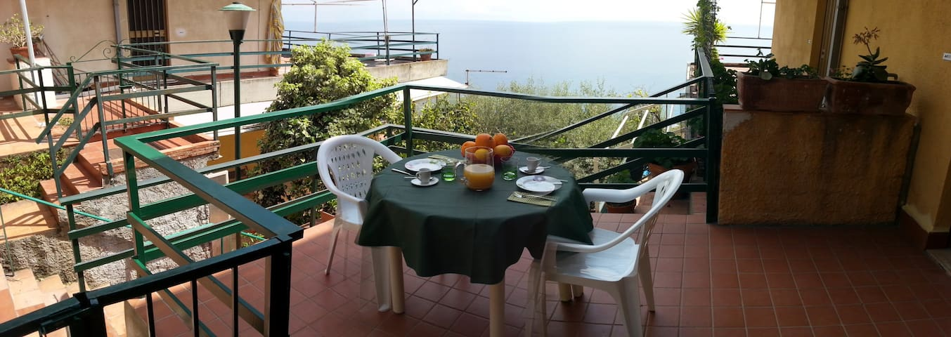 Elayon Home - Taormina sea view apartment
