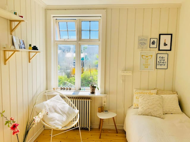 80 square meters apartment with a big garden