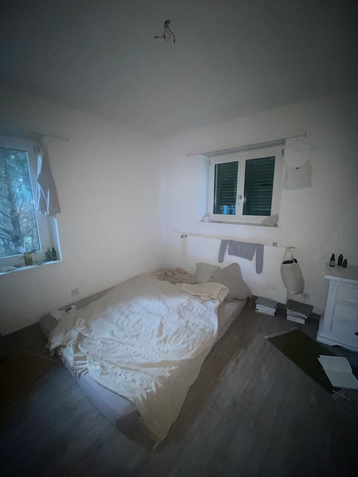 Small beautiful room in charming Eglisau