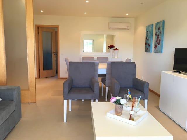 Beyo Black Apartment, Albufeira, Algarve