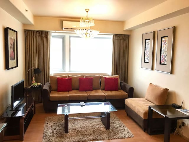 Hotel Living At the Heart of Cebu | 2BR near Ayala