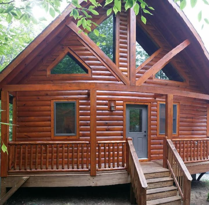 A Slice of Heaven - Log Cabin