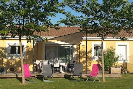 Maison entre Bordeaux et St Emilion. - Baron