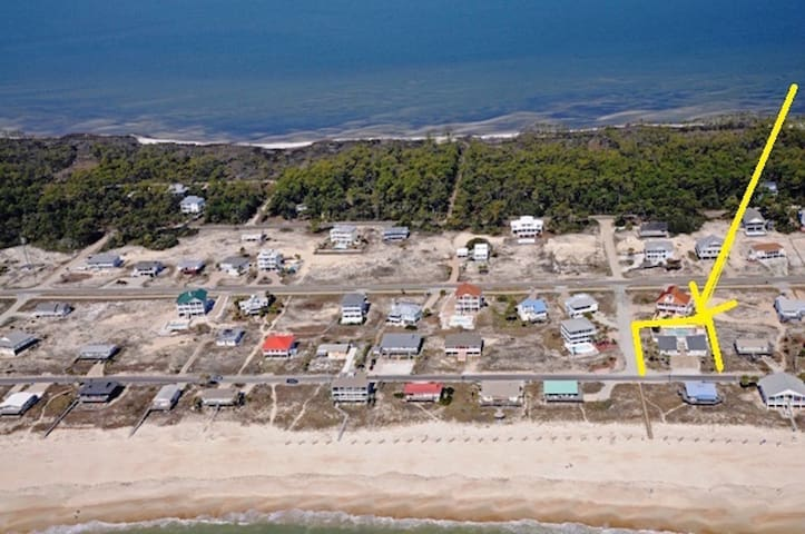 NEAR BEACH FRONT COTTAGE WITH POOL STEPS TO BEACH - Saint George Island - Apartemen