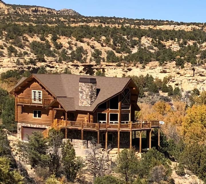 The Jewel of Escalante, the perfect place to stay.