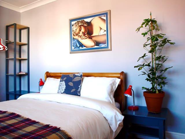 Tenby Riviera king size comfort zone - Tenby - Casa
